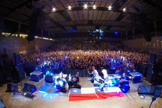 La selfie tras el concierto. Centro de Eventos Chimkowe, Santiago de Chile, 26 de julio 2015.